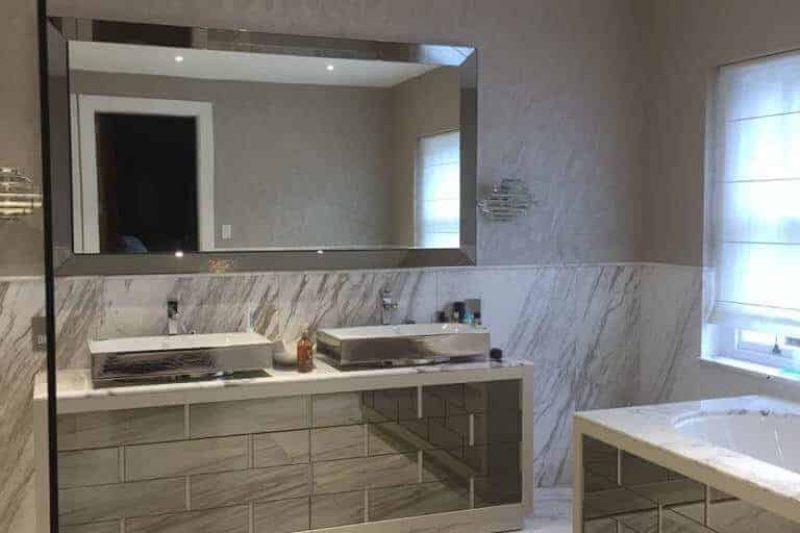 End of tenancy cleaning bathroom